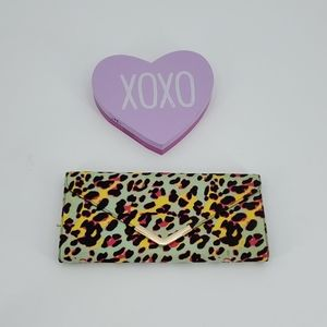 ⬇️$25 ALDO Multicolor leopard print clutch